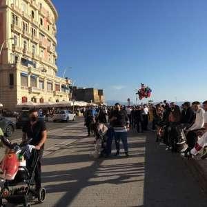COVID e ASSEMBRAMENTI. VIVERE LO SPAZIO URBANO: UNA RIFLESSIONE DI Chi rom e…chi no